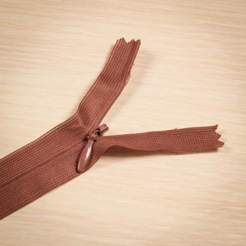 Молния потайная Т3 50 см Греция коричневый яркий