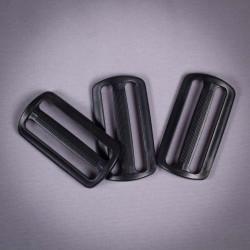 Пряжка 50мм пластик черный