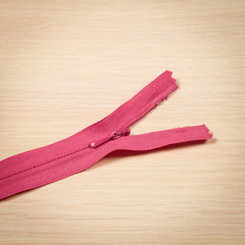Молния потайная Т3 50 см Китай розовый яркий
