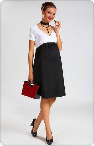 868b0afab7f2 Как видите, вариаций платье для беременных достаточно много. Выбор фасона  зависит от вашего вкуса и степени мастерства. Далее рассмотрим выкройки  платьев ...