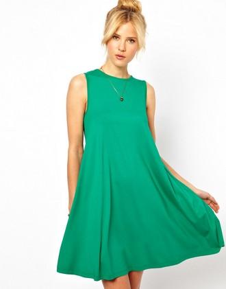 ca0fd251ac63 Далее рассмотрим выкройки платьев для беременных – одну простую для  начинающих рукодельниц, вторую для швей, уже имеющих навыки в работе.